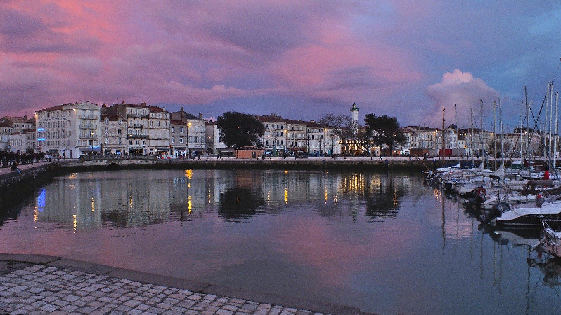 Nouvelle aquitaine-La Rochelle-France-pas cher